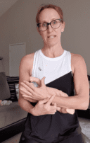 How to Prevent and Reduce Wrist Pain through Pregnancy and Postnatal